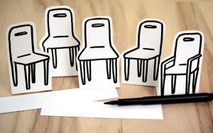 stühle aus Papier